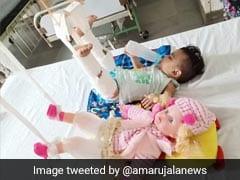 अस्पताल में ऐसा क्या हुआ जो 11 महीने की बच्ची के साथ-साथ Doll के पैरों में भी चढ़ाना पड़ा प्लास्टर