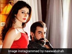 शादी के बाद पूजा बत्रा और नवाब शाह की फोटो हुई वायरल, पूल में यूं चिल करते आए नजर