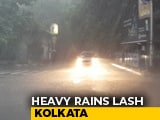 Video : 1 Dead, 15 Injured As Heavy Rain Batters Kolkata, Disrupts Flights