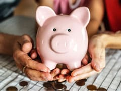Two Sisters In UP Donate Rs 10,000 To COVID Funds From Piggy Bank Savings