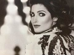 Twinkle Khanna's Gorgeous Pic Comes With ROFL Hack To Make Kids 'Scream And Run'