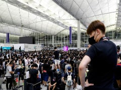 Hong Kong Airline Suspends 2 Pilots For Joining Airport Protest