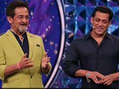 Salman Khan Posts Birthday Wish For <i>Dabangg</i> Co-Star Mahesh Manjrekar