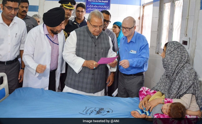 Governor Satya Pal Malik Takes Stock Of Srinagar City, Visits Hospitals