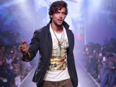 Here's How Hrithik Roshan Helped Sameera Reddy Overcome Stammering