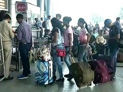 No Tickets, Tourists Rush To Srinagar Airport After 'Leave Valley' Advisory