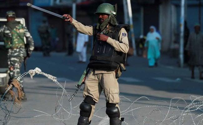 कश्मीर घाटी के 90 फीसदी हिस्से में दिन की पाबंदियां पूरी तरह से हटाई गईं