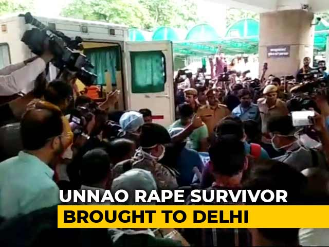 Video : Unnao Rape Survivor Taken Off Ventilator, Airlifted To AIIMS