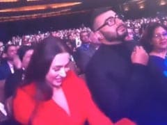 Viral: Arjun Kapoor's Reaction To Melbourne Film Festival Host Karan Tacker Flirting With Malaika Arora