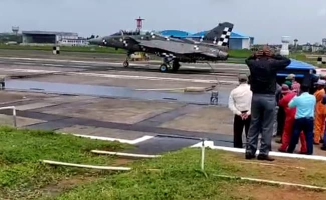 244 To 0 Kmph In 2 Seconds: How Tejas Jet Will Land On Aircraft Carrier