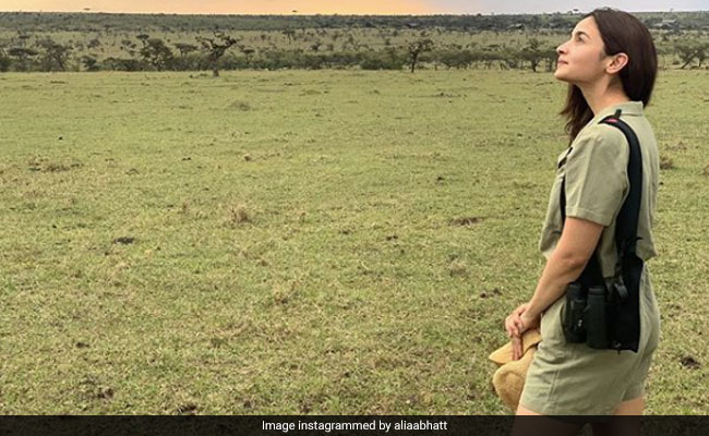 Alia Bhatt 'Wanders Where The Wi-Fi Is Weak' In Kenya. See Vacation Pics