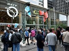 Paris Commuters Hit As Metro Workers Strike Over Pension Reform