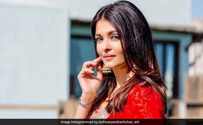 Aishwarya Rai Bachchan To Play Double Role In Mani Ratnam's Film: Report