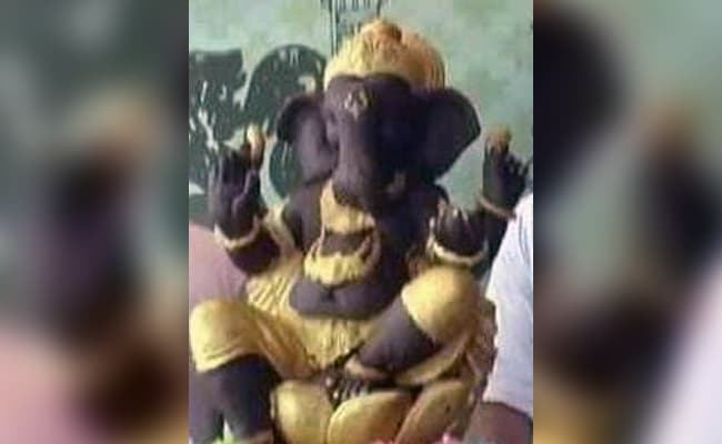 Muslim Artist Makes Ganesha Idol With 106 kg Belgian Chocolate In Ludhiana