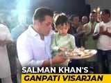 Video : Salman Khan Bids Adieu To Ganpati With Blockbuster <i>Visarjan</i>