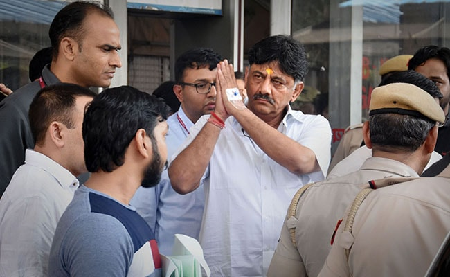 'We Have To Fight Them,' Sonia Gandhi Tells DK Shivakumar, In Tihar Jail
