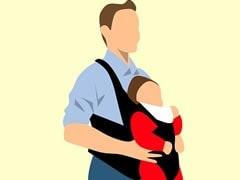 Daughter's Day: बेटी के लिए खास दिल को छू देने वाले मैसेज, भेजें और डॉटर्स डे की दें बधाई