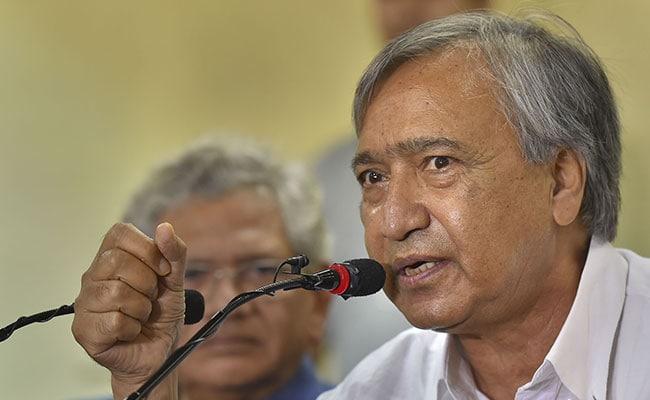 कश्मीर के नेता तारिगामी नई दिल्ली से 10 दिन बाद घाटी लौटे