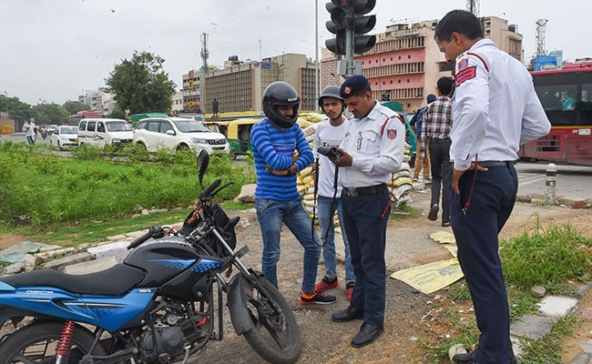 66% Drop In Delhi Traffic Violations For September After Fine Hikes: Police