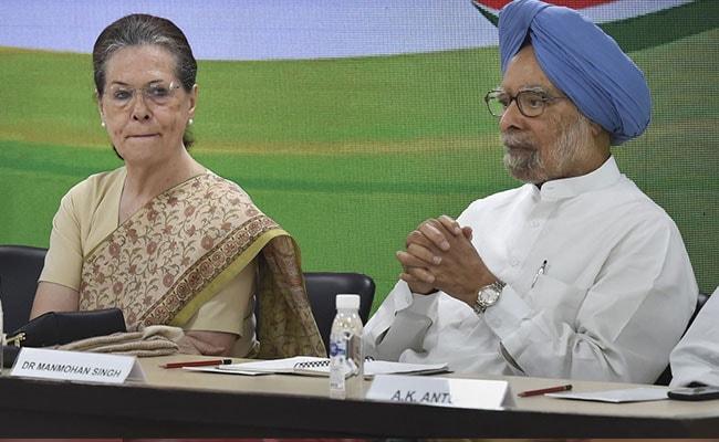 'India Staring At A Protracted Slowdown,' Manmohan Singh Warns Centre