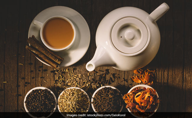 Drinking Tea May Boost Your Brain Function, Says Study; 5 Healthy Teas You Must Try