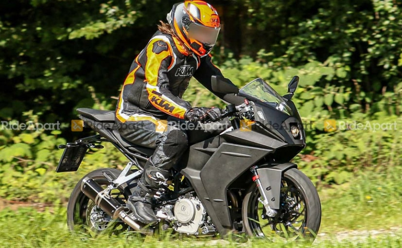 A test mule of an updated KTM RC 390 has been spotted on test in Austria