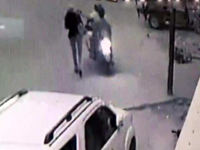 Video : On Camera, Journalist's Phone Snatched In Delhi By Men On Bike