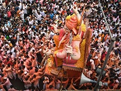 Mumbai Gives Ganesha A Grand Send-Off, Over 35,000 Idols Immersed