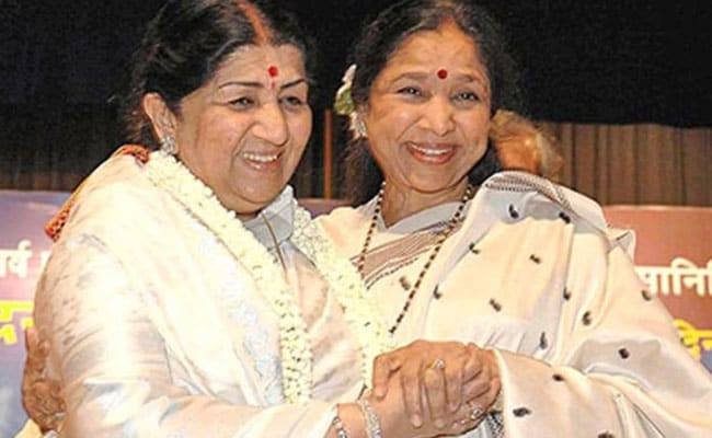 Lata Mangeshkar Wishing Sister Asha Bhosle On Birthday Is The Cutest Thing On Internet Today
