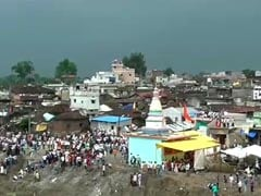 In Madhya Pradesh, 400 Injured At Annual Stone-Throwing Festival