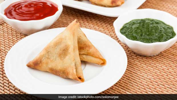 try this crispy onion samosa (irani samosa) Recipe | snack | party appetiser