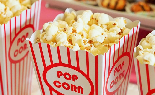 Popcorn In 8 Delicious Ways To Make Weekend Binge-Watching More Fun