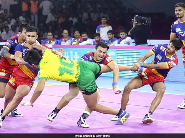 Pro Kabaddi: UP Yoddha Thrash Tamil Tahalivas, Jaipur Pink Panther Play Out Draw With Gujarat Fortunegiants