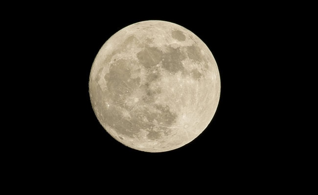 For First Time In Over A Decade, Full Moon To Appear On Friday The 13th