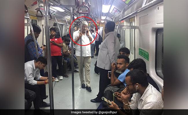 पीएम नरेंद्र मोदी के मंत्री ने आम आदमी की तरह किया मेट्रो में सफर, बोले- 'मैं मंत्री हूं तो क्या...'