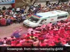 Devotees Make Way For Ambulance During Ganesh Visarjan In Pune. Watch