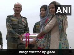ये है J&K की पहली गुज्जर लड़की जिसने पास की एम्स प्रवेश परीक्षा, अब सेना ने किया सम्मानित