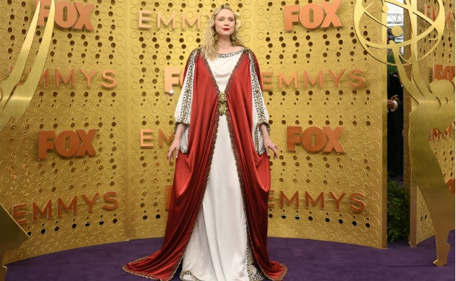 Emmys 2019: Gwendoline Christie Wins Twitter - 'God Is A Woman'