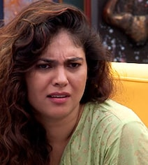 "Bigg Boss Tamil 3: ""முட்டாள்தனமான சென்டிமென்டுகளை பார்க்க நேரமில்லை…"" - கொந்தளிக்கும் ஷெரின்!"