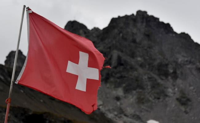 """6i1fui58_swiss-funeral-march-afp_625x300_23_September_19 Swiss Maintain """"Funeral March"""" To Mark The Disappearance Of Alpine Glacier"""