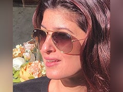 Twinkle Khanna's Sun-Kissed Instagram Pic Will Brighten Up Your Day