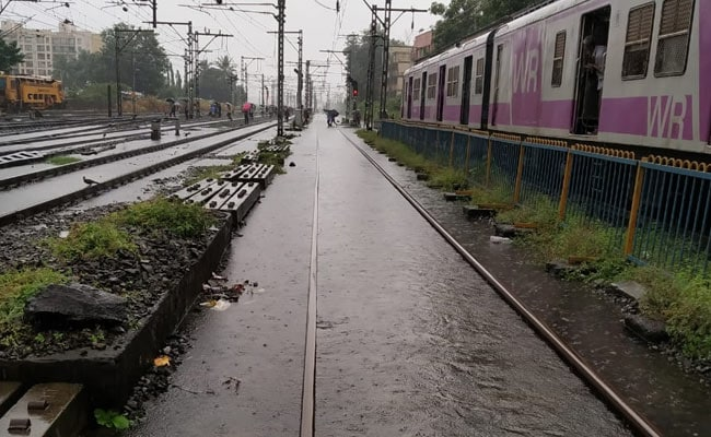 Mumbai Rain Live Updates: Red Alert Issued, Civic Body Asks Residents To Stay Indoors