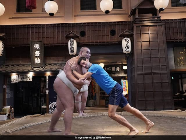 """""""Out Of Shape"""" Novak Djokovic Takes On Sumo Wrestler In One-On-One Fight Ahead Of Japan Open. Watch"""