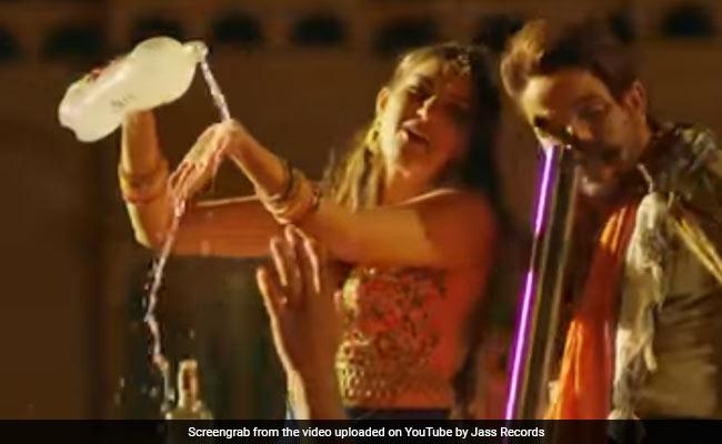 Sapna Choudhary के 'लुटेरा' सॉन्ग का YouTube पर तहलका, बार-बार देखा जा रहा Video