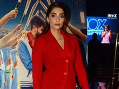<i>The Zoya Factor</i>: Sonam Kapoor Invites Zaheer Khan, Sagarika Ghatge And Others To Screening