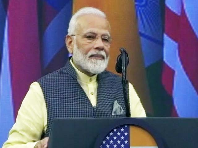 "Video : ""If You Ask 'Howdy, Modi', I'll Say - Everything Great In India"": PM Modi"