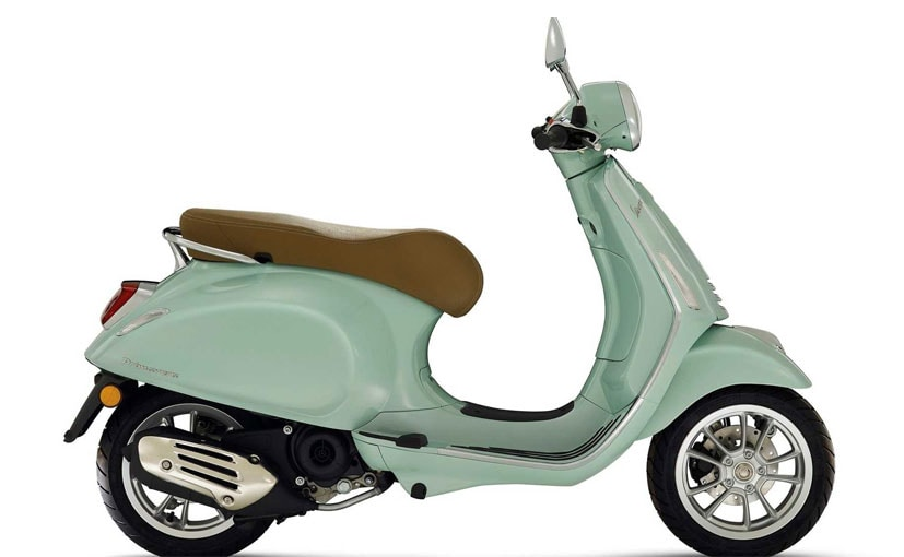 Both 50 cc scooters have a top speed of about 48 kmph