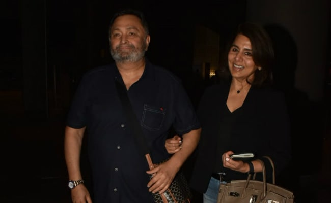 'Where Did The Last 11 Months Go?' Neetu Kapoor Writes After Rishi Kapoor's Homecoming