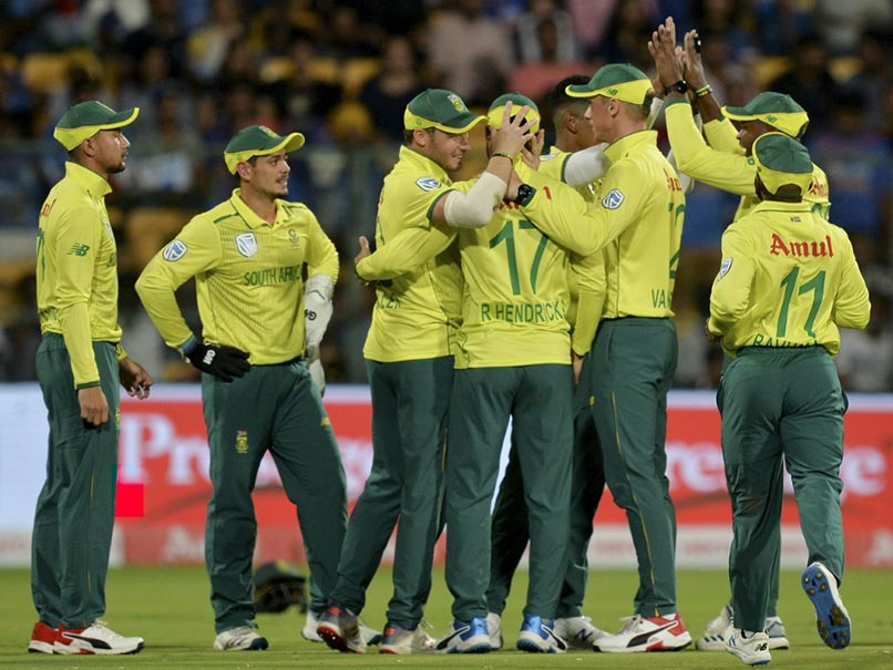 Proteas player tests positive for Covid-19 ahead of England Series