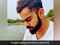 नदी किनारे बैठे हुए थे विराट कोहली, डाली फोटो तो अनुष्का शर्मा का आया ऐसा जवाब